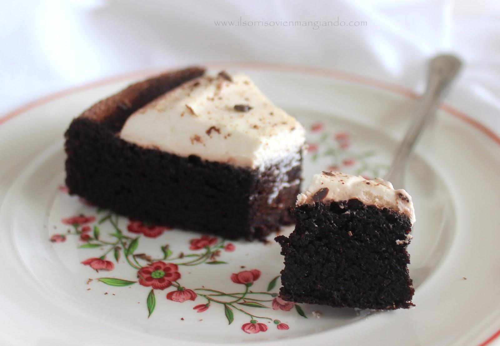 Torte Da Credenza Al Cioccolato : Il sorriso vien mangiando torta umida al cacao e olio evo con