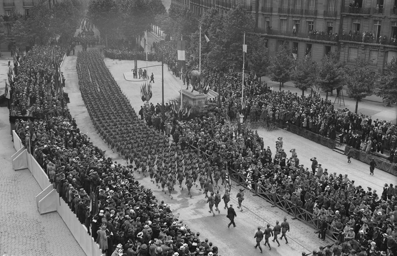 American troops march through Place de Jena and down Avenue du President Wilson in Paris on July 4, 1918.