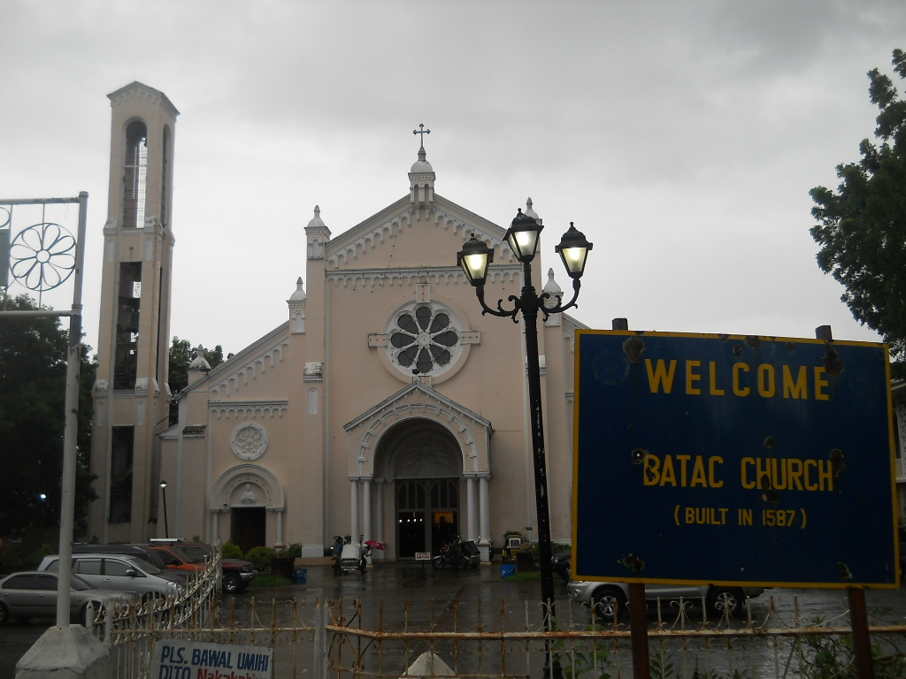 We Put Pictures Into Reality: Enriching Batac City: More
