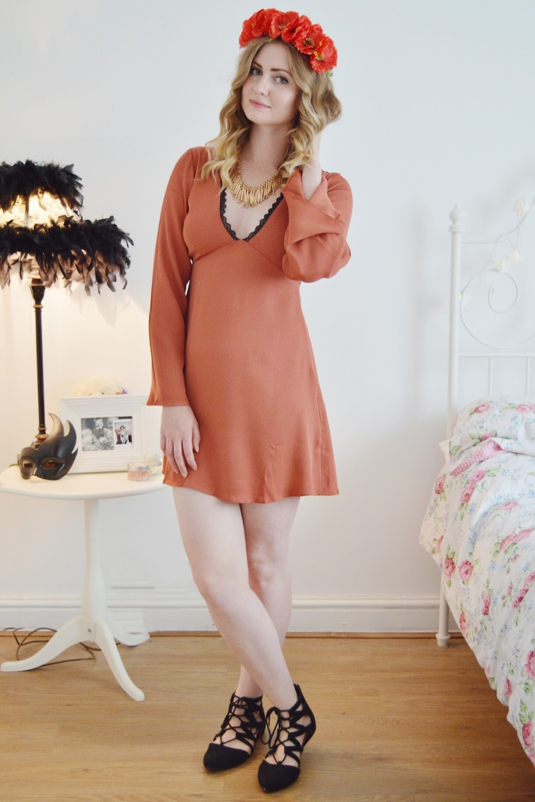 ASOS bell sleeve lace dress, FashionFake,Fashion bloggers