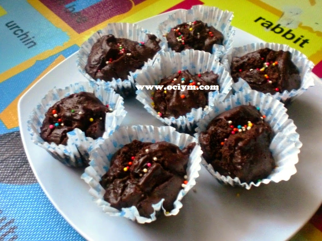 Eggless Chocolate Cup Cake