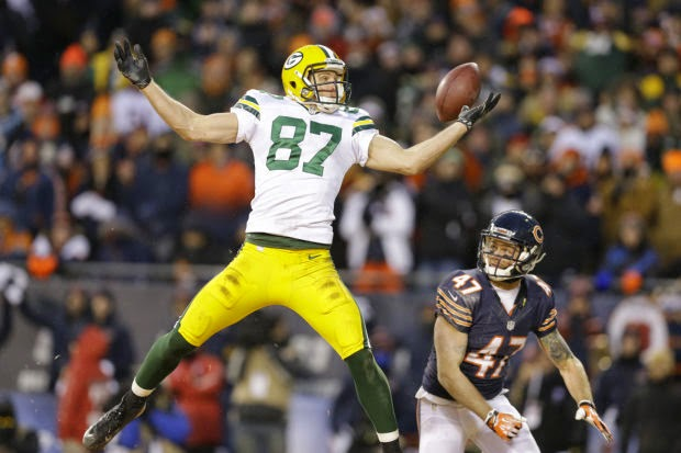Jordy Nelson catching a pass vs. Chicago Bears
