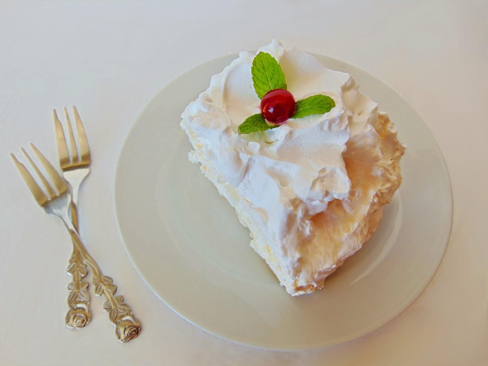 Coronita Pavlova Tort de bezea cu frisca 5