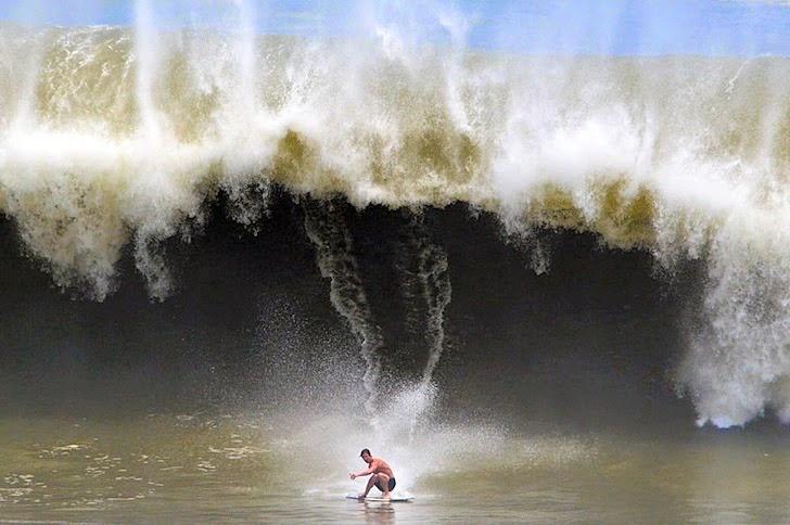 Brad Domke Backside Madness Puerto Escondido - Exile Skimboards