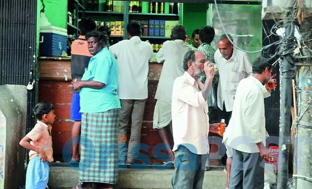 drinking in public Liquor drinking at public places unchecked in Odisha (Source:The OrissaPost)