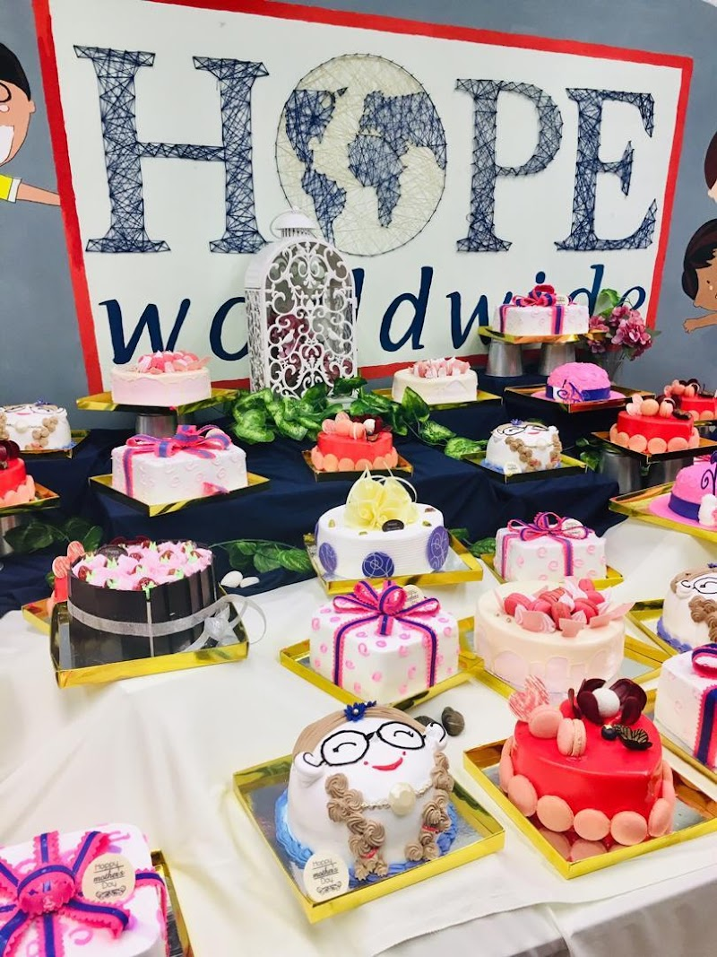 "Baiwago Plus Café x HOPE worldwide Malaysia ""Mother's Day Give Back"""