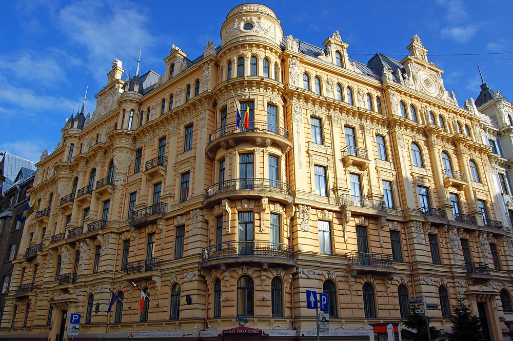 Free tour para conocer riga la capital de letonia medio - Art nouveau architecture de barcelone revisitee ...