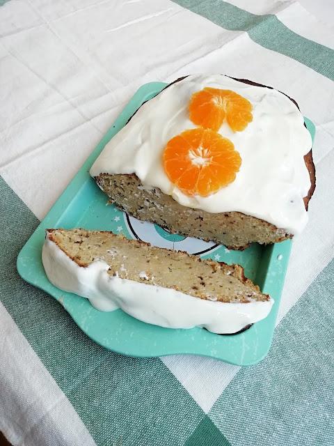 Dlaczego tak trudno zerwać z cukrem? Przepis na pełnoziarniste ciasto pomarańczowe bez cukru