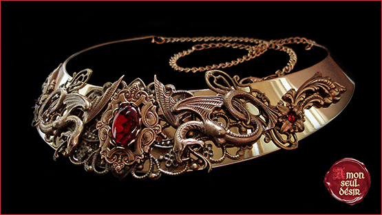 collier médiéval serpent bronze torque bijoux moyen âge rouge haliotis abalone red snake medieval necklace jewelry queen game of thones