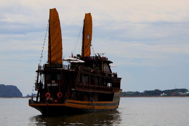 HALONG BAY - Visitar a baía de Halong desde Hanói | Vietname