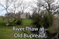 River Thaw, Old Beaupre Castle