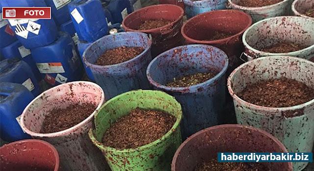 DİYARBAKIR-Diyarbakır'da farklı tarihlerde düzenlenen operasyonlarda, gümrük kaçağı sigara ve bir ton nargile tütünü ele geçirildiği belirtildi.