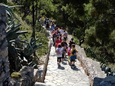 Μαθητές και εκπαιδευτικοί στο Κάστρο της Λαμίας για τις «Πράσινες Πολιτιστικές Διαδρομές 2017»