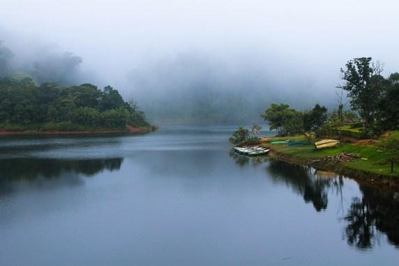 Gavi, Kerala Lake