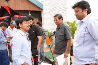 Iruvar Oppandham Working Stills (2).JPG