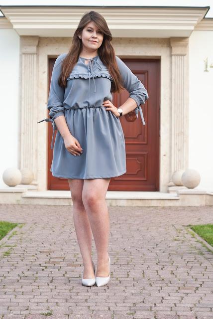 Vubu - Szara Sukienka Z Falbaną / Gray Dress