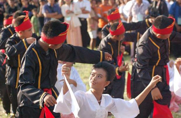 Tari Mahambak, Tarian Tradisional Dari Anak Suku Bantik Provinsi Sulawesi Utara