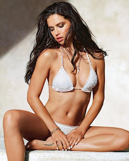 Adriana Lima Calzedonia