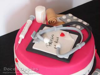 medic cake