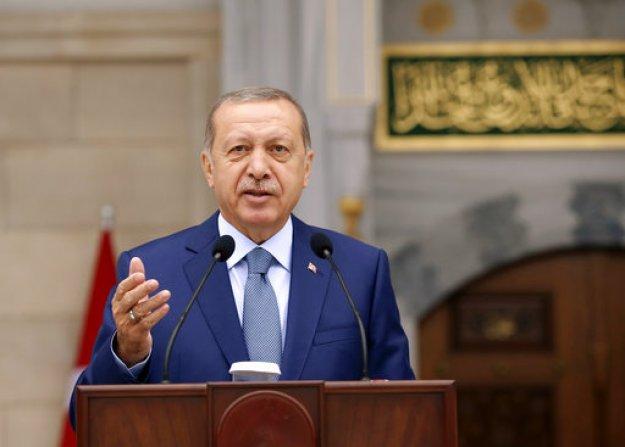 Ο Ερντόγαν «ελπίζει» ότι η τριμερής σύνοδος για την Συρία θα αποτρέψει την επέμβαση