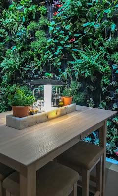 Mur végétal dans les restaurants Vapiano