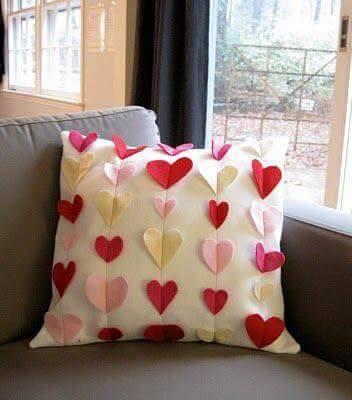 Ideas para decorar cojines con corazones decoraci n del hogar dise o de interiores c mo - Cojines pequenos ...