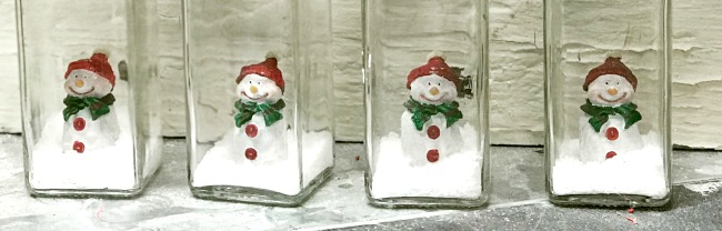 DIY Snowmen in a Jar Christmas Decorations