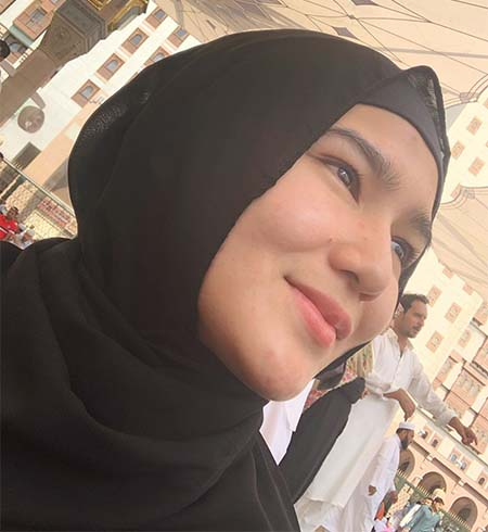Masayu Clara Pakai Hijab 7