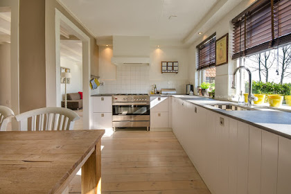 Kitchen Set Finishing HPL atau Duco, Manakah yang Lebih Baik?