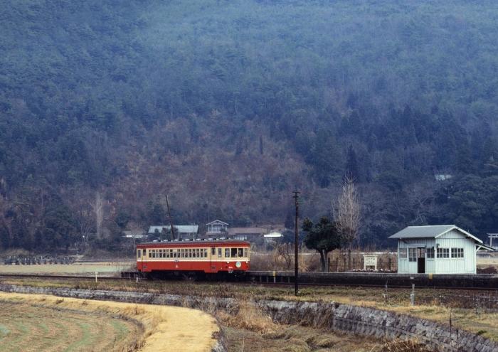 キハ303