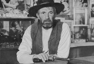 The Westerner 1940 movieloversreviews.filminspector.com Walter Brennan