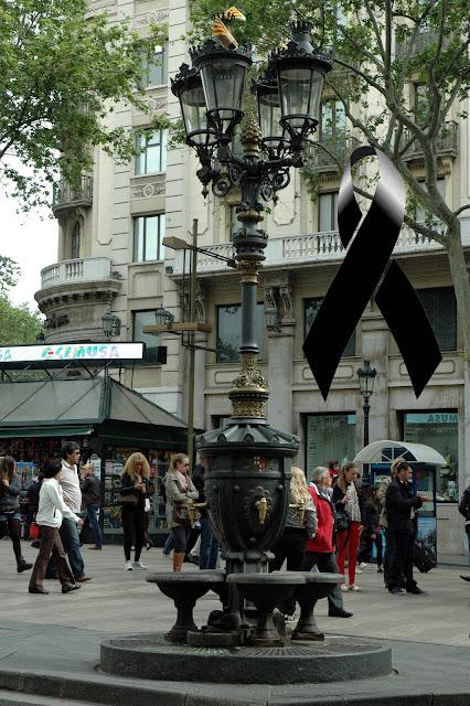 http://sintitulo20.blogspot.com/2013/03/la-font-de-canaletes.html