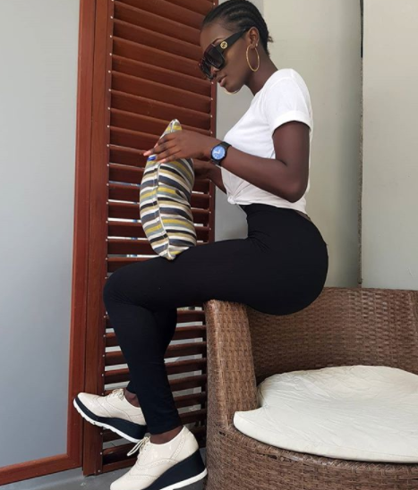 [BangHitz] THIS NIGERIAN FEMALE MODEL FIGURE IS CAUSING MEN TO GO GAGA ON INSTAGRAM.
