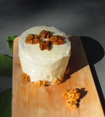 Wanut Cake with Maple Frosting