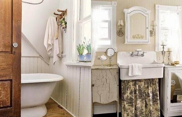 Ma maison au naturel Le charme des salle de bain anciennes