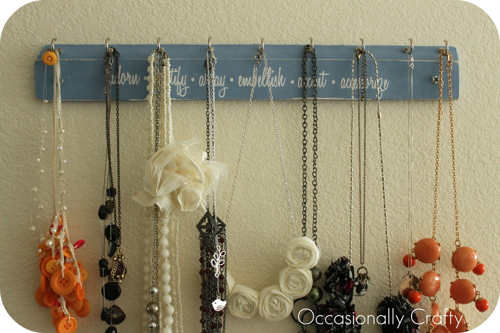 Very Jane Giveaway Winner Necklace Hanger Occasionally