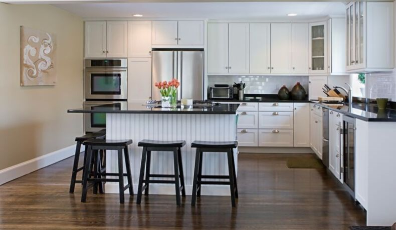 white kitchen cabinet pictures