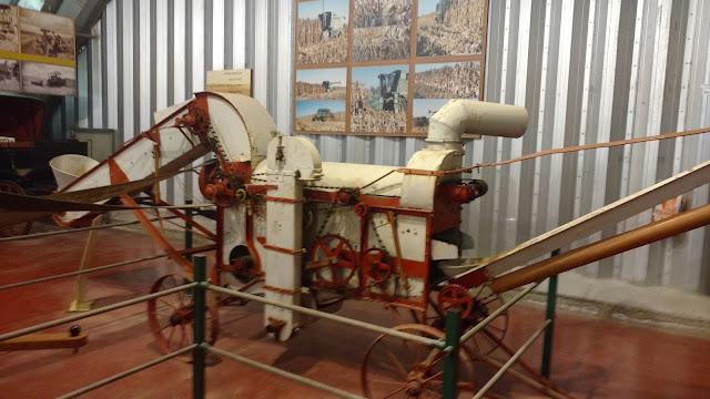 כלי חקלאות - מוזיאון הטרקטורים