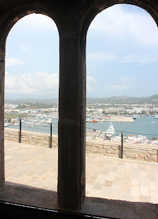 Ventanas geminadas de la Casa la Curia Ibiza