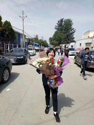 河南著名人权捍卫者贾灵敏今日刑满获释 众多维权人士前往迎接(图)