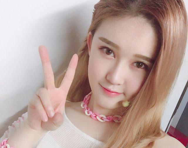 Wen Jingjie SNH48 Gravure