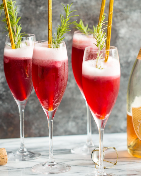 ROSÉ RASPBERRY SORBET MIMOSAS #drink #rasberry