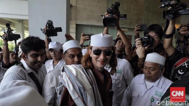 Relawan Jokowi di Banten Desak Habib Bahar bin Smith Ditangkap