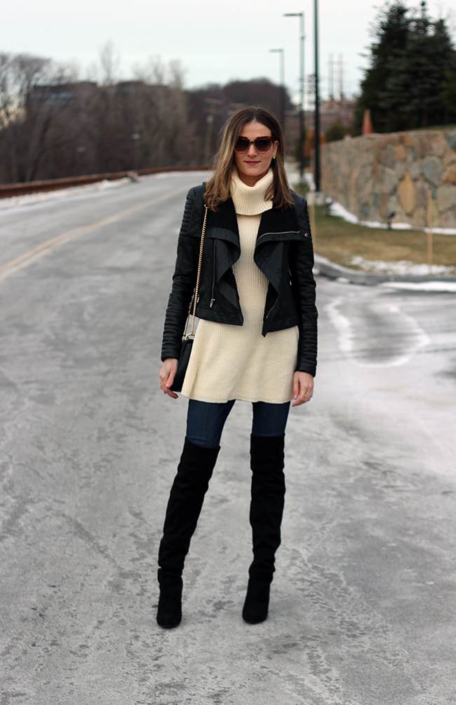 335831e6b8b4 There are two items that I can't get enough of this winter: turtleneck  sweaters and over-the-knee boots, and together they make one great pairing.