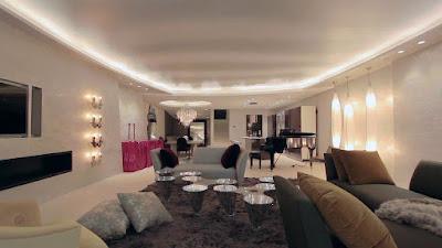 غرفة-جلوس-معيشة-مساحة-واسعة-الامارات