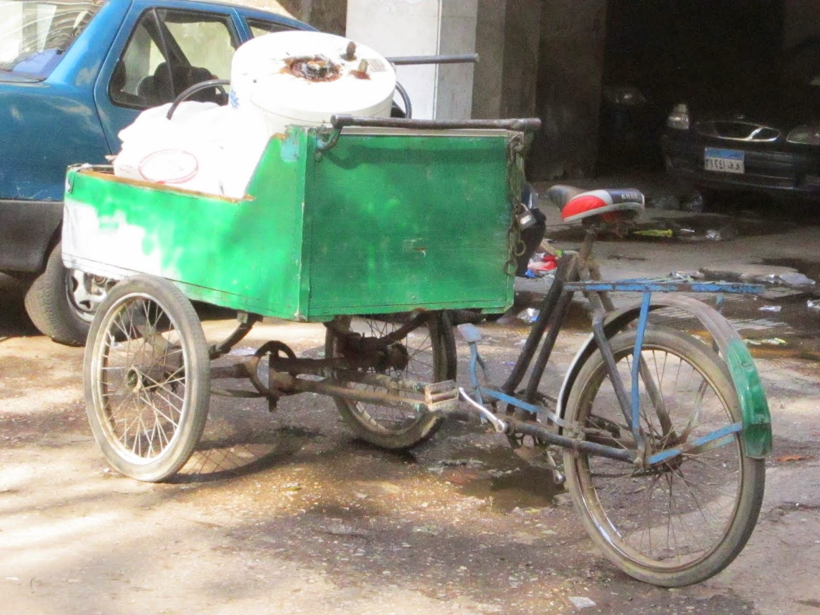 Another Cool Bicycle Used for Sustainable Transport in Cairo