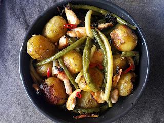 zdjęcie: kurczak z ziemniakami i fasolką
