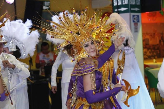 Última noite de Ensaios do Carnaval com André Rio e Bloco das Ilusões contou com homenagens e muita folia