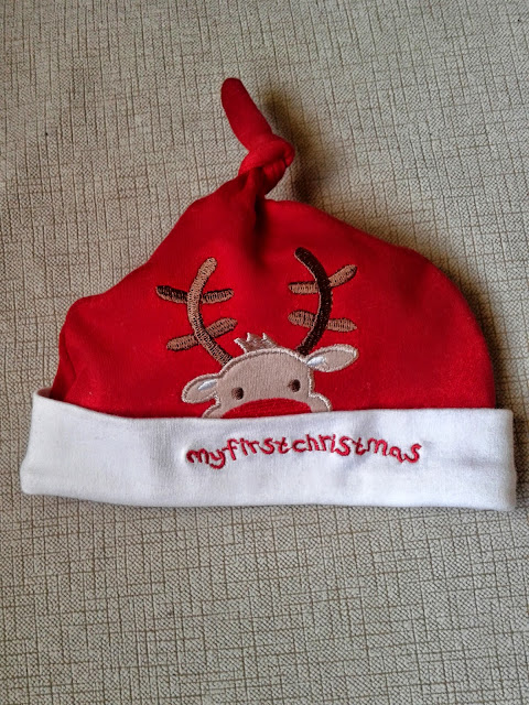 http://www.patronycostura.com/2014/11/vestido-santa-claus-bebe-tema-70.html
