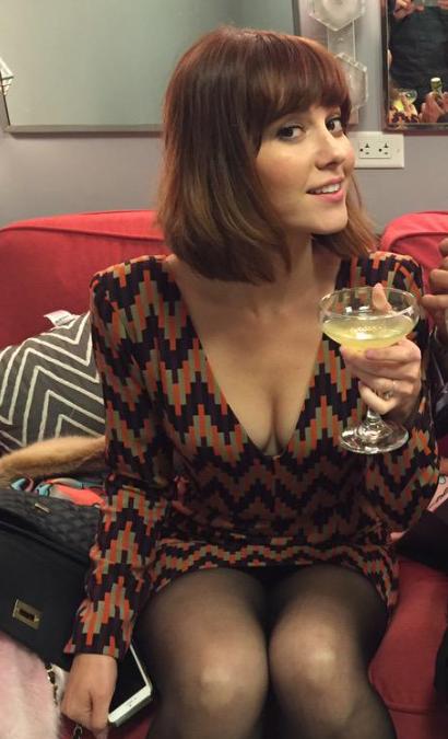 elizabeth-mary-winstead-hot-legs-naked-girl-ordasm